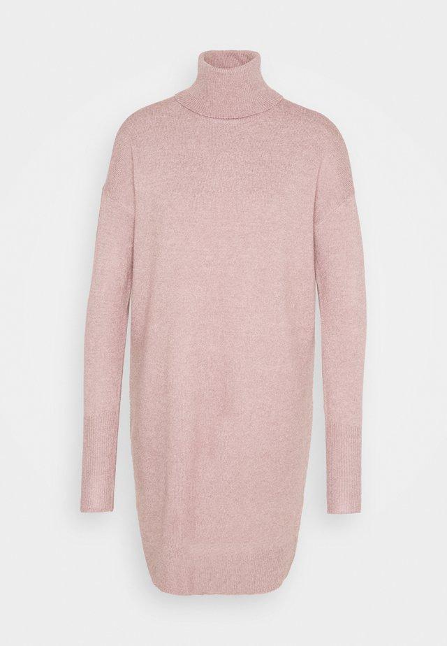 VMBRILLIANT ROLLNECK DRESS - Robe pull - woodrose melange