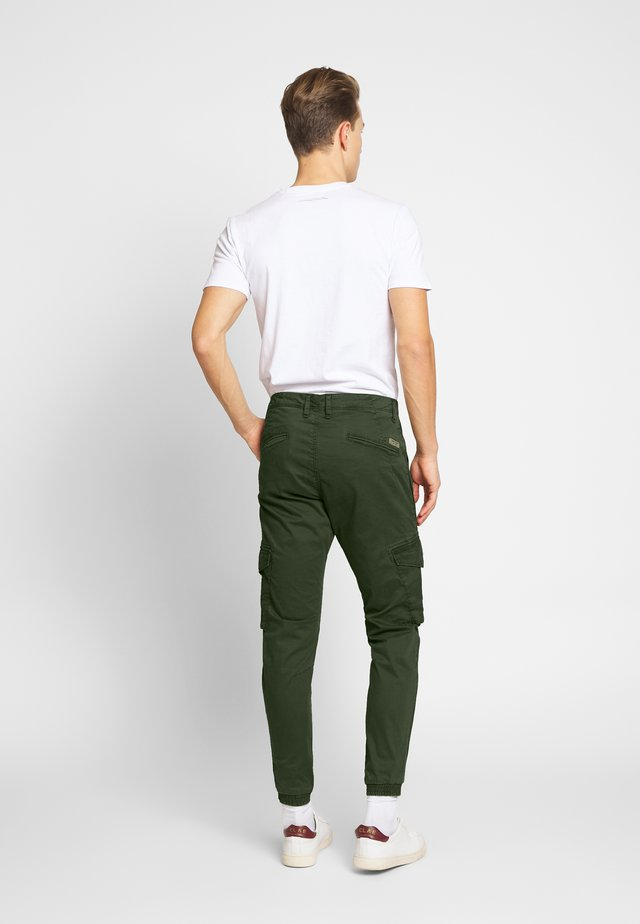 BATTLE - Pantalon cargo - raven kaki