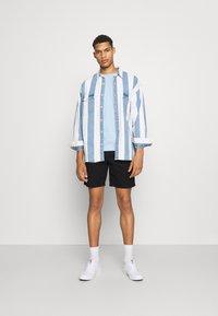 ARKET - Shorts - blue - 1