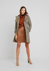 comma - Mini skirt - camel - 1