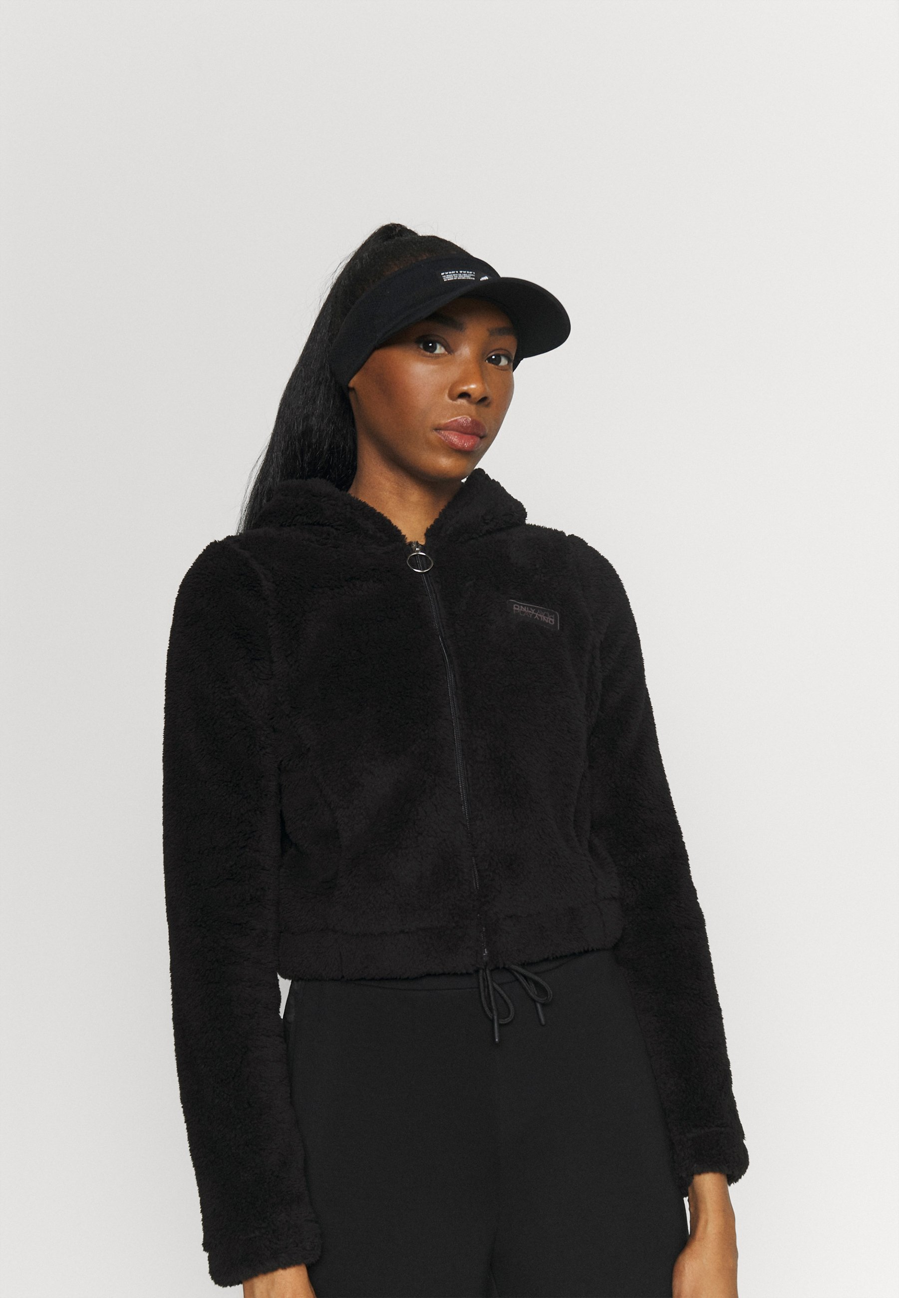Women ONPJOMO FLUFFY SHORT HOOD - Training jacket