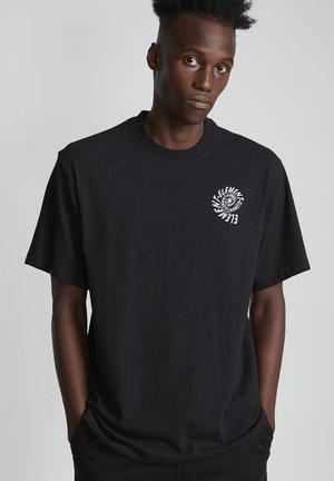 FRISCO  - T-shirt imprimé - flint black