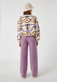 PULL&BEAR - Fleece jumper - white - 2