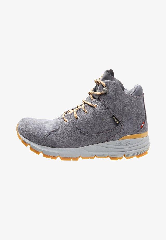 LOUISA GTX - Winter boots - mittelgrau