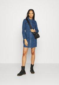 ONLY - ONLPHILLY LIFE ZIPPER DRESS - Denim dress - medium blue denim - 1
