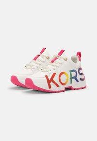 MICHAEL Michael Kors - COSMO MEETU - Sneakers basse - white smooth - 1
