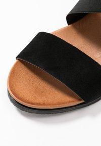 Bianco - BIACAILY CROSS  - Wedge sandals - black - 2