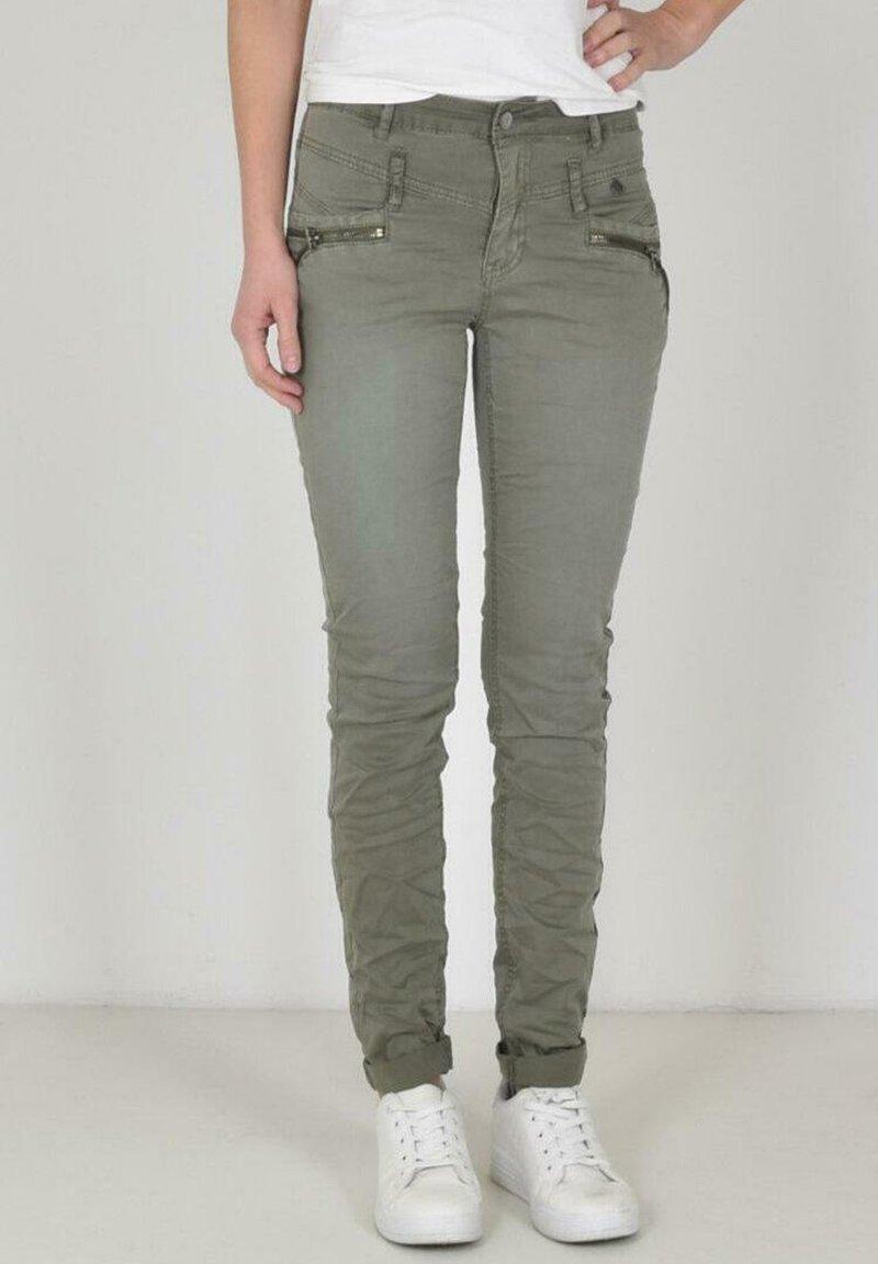 Buena Vista - Slim fit jeans - green