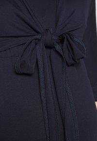 Dorothy Perkins Maternity - PLAIN SLEEVE NURSING BALLET WRAP - Bluzka z długim rękawem - navy - 5