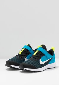 Nike Performance - DOWNSHIFTER 9  - Scarpe running neutre - black/white/laser blue/lemon - 3