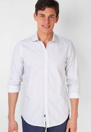 DESMOND F - Formal shirt - stripes blue
