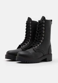 NAE Vegan Shoes - MANDY VEGAN - Platform-saappaat - black - 2