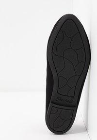 Skechers Wide Fit - CLEO - Ballet pumps - black - 6
