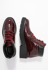 Bianco - BIACASS WORK - Ankle boot - wine red - 3