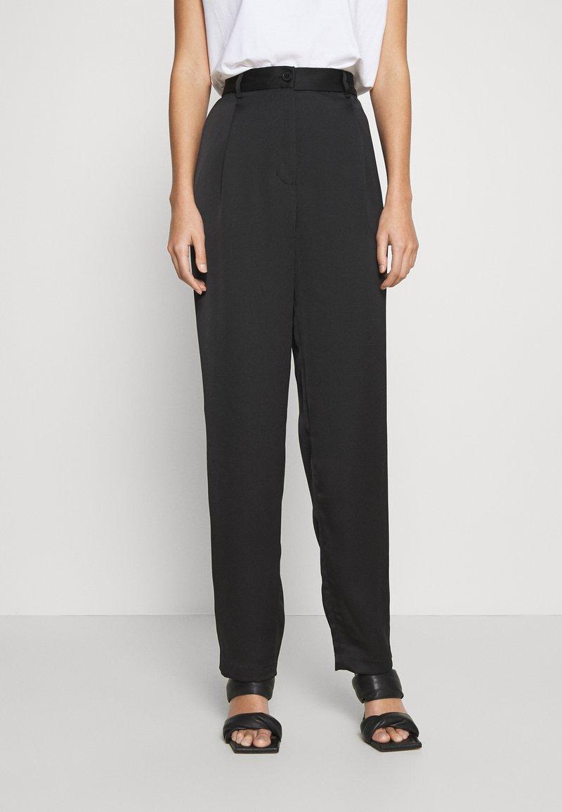 Monki - LAINEY TROUSERS - Trousers - black