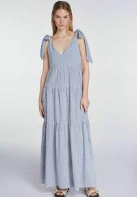 SET - Maxi dress - blue white - 0