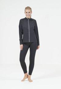 Endurance - Training jacket - 1001 black - 3