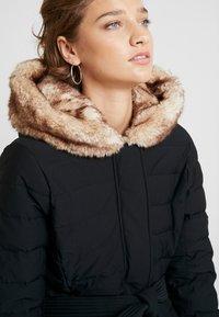 Abercrombie & Fitch - LONG PARKA - Down coat - black - 5