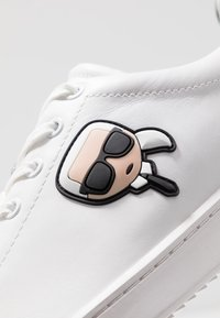 KARL LAGERFELD - KOURT IKONIC 3D LACE - Trainers - white - 5
