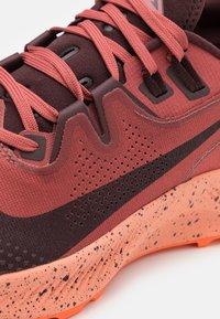 Nike Performance - PEGASUS TRAIL 2 - Trail running shoes - canyon rust/mahogany/smokey mauve - 5
