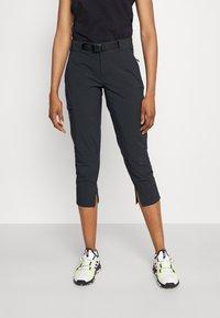Columbia - MUIR PASS™ II CROPPED PANT - Pantaloncini 3/4 - black - 0