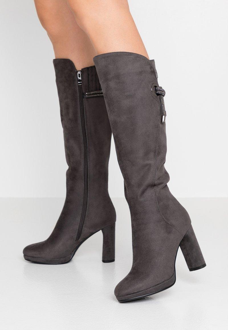 Laura Biagiotti - Stivali con i tacchi - grey