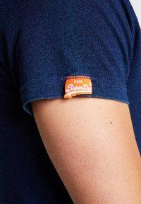 Superdry - ORANGE LABEL VINTAGE EMBROIDERY TEE - T-shirt basic - dark wash indigo - 3