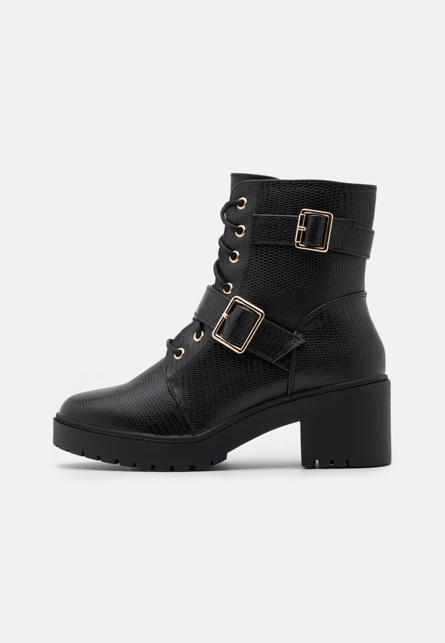 MARLEY BLOCK HEEL CLEAT BOOT  - Platform ankle boots - black