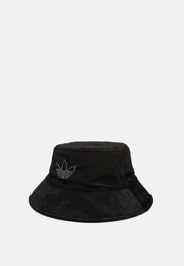 BUCKET - Chapeau - black