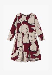 Papu - SWING - Žerzejové šaty - bordeaux - 0