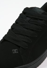 DC Shoes - COURT GRAFFIK - Skate shoes - black - 5