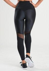 Zoe Leggings - RHEA  - Leggings - black - 1