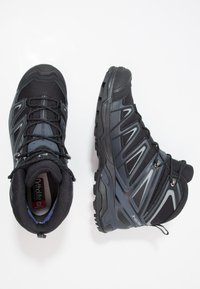 Salomon - X ULTRA 3 MID GTX - Hiking shoes - black/india ink/monument - 1