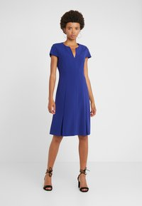 Strenesse - DRESS DORAIA - Vapaa-ajan mekko - yves blue - 0