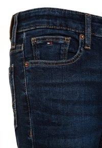 Tommy Hilfiger - BOYS SCANTON  - Slim fit jeans - new york dark - 3