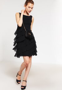Swing - Cocktail dress / Party dress - schwarz - 1