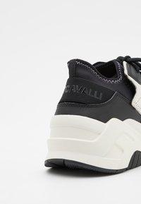 Just Cavalli - P1THON AIR - Tenisky - optical white - 5