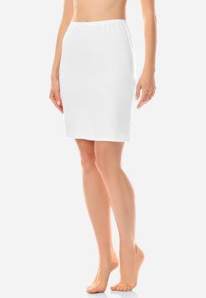 Lingerie sculptante - white