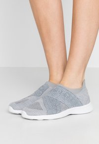 Repetto - Slip-ons - gris chiné clair - 0