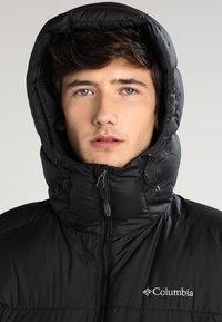 Columbia - PIKE LAKE HOODED JACKET - Winter jacket - black - 3