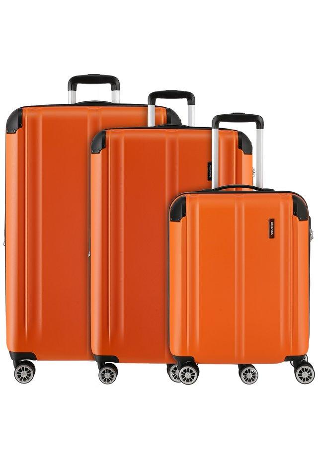 CITY 4-ROLLEN KOFFERSET 3TLG. - Luggage set - orange