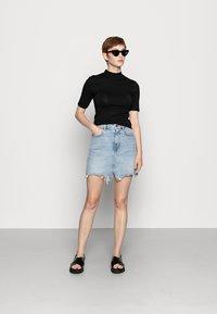 Even&Odd - T-shirt basic - black - 1