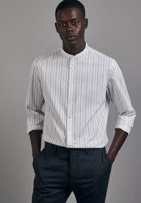 Seidensticker - Shirt - schwarz - 2