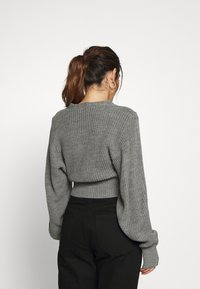 Glamorous Petite - CROPPED BATWING SLEEVE CHUNKY - Cardigan - light grey marl