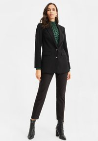 WE Fashion - Short coat - black - 1