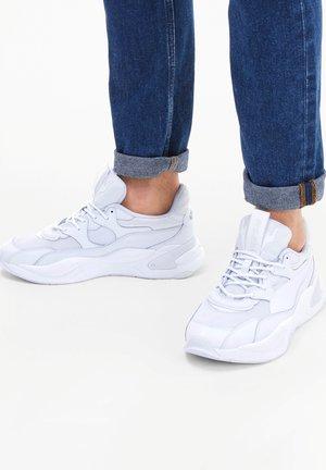 Trainers - puma white