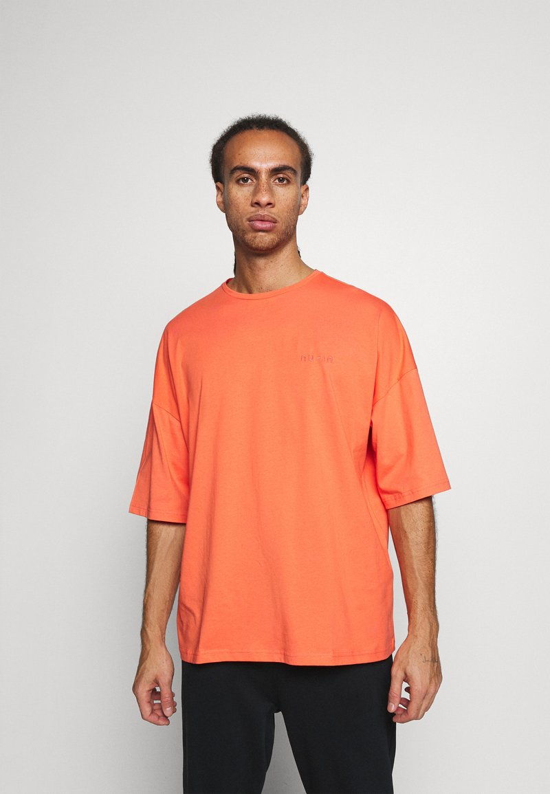 NU-IN - OVERSIZED CREW NECK  - Basic T-shirt - orange