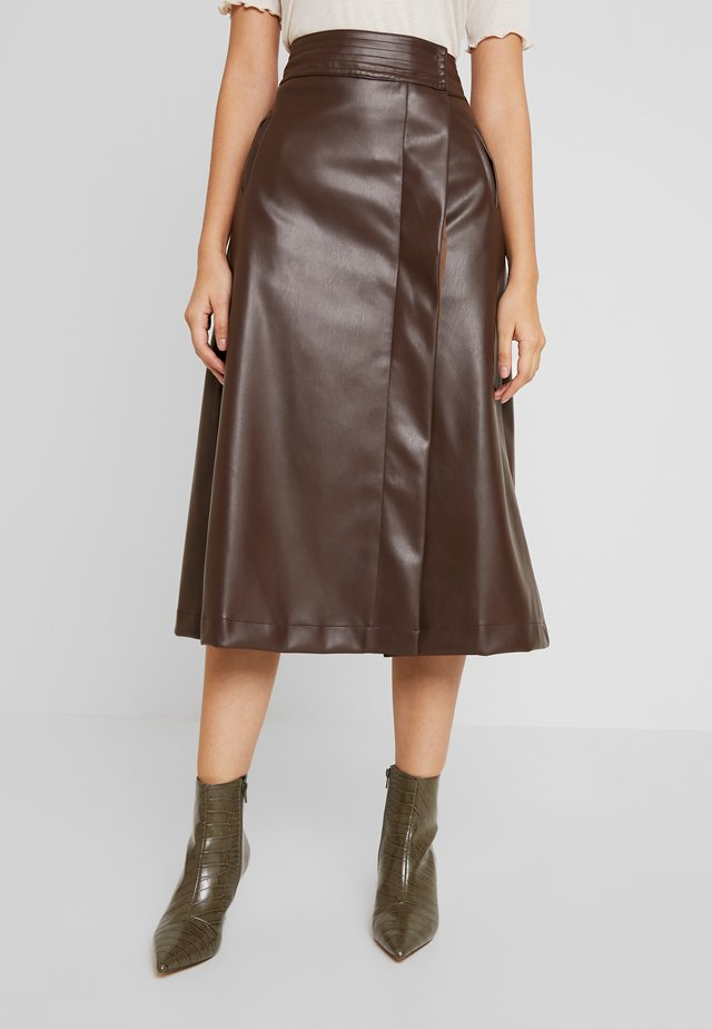 MIDI SKIRT - A-linjainen hame - brown