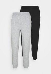 2PACK REGULAR FIT JOGGERS - Tracksuit bottoms - black/light grey