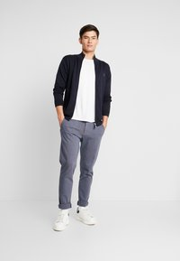 GANT - CLASSIC ZIP CARDIGAN - Kofta - evening blue - 1